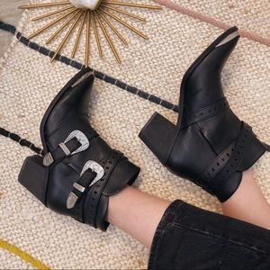 Nasty Gal Double Down Leather Western Ankle Boots